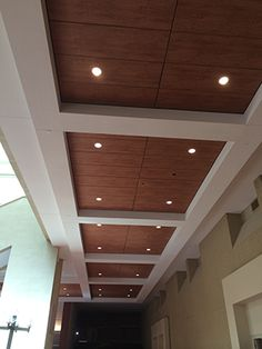 Techstyle® Wood installed at Albuquerque Convention Center in Albuquerque, NM, United States and designed by Dekker/Perich/Sabatini Ltd. Drawing Room Ceiling Design, Kitchen Ceiling Design, Pvc Ceiling Design, Simple False Ceiling Design, Ceiling Decor, Living Room Partition Design, Ceiling Design Living Room, Bedroom False Ceiling Design, Hall Design
