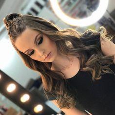 Baddie Hairstyles, Scarf Hairstyles, Trendy Hairstyles, Girl Hairstyles, Braided Hairstyles, Wedding Hairstyles, Braids With Curls, Braids For Long Hair, Girl Hair Dos