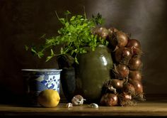 Ken Hunter Photography still life photo of Parsley, Onions, large green pot, lemon & garlic.