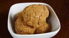 Flourless peanut butter coconut cookies with sucanat