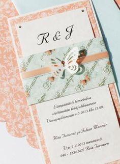 Romantiikkaa, puuterisia sävyjä ja perhoskoristeita.