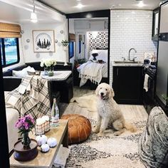 Are you looking for a new look for your RV decoration? There are many ways to improve your RV interior ideas. Remodel, Remodeled Campers, Rv Living, Cabinet Makeover, Tiny House Camper