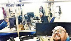 Una foto veramente molto rara degli interno degli uffici tecnici di Navico Italia a Viareggio.... Rara soprattutto per la presenza di un esemplare difficilissimo da fotografare.... Sonia.... #Navico #Lowrance #lowrancefishing #stefanoadami