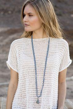 Lang topp med hullmøster i Line. by Olive Oyl Pull Crochet, Crochet Blouse, Knit Crochet, Knit Vest Pattern, Summer Knitting, Crochet Woman, Knitted Headband, Knit Fashion, Crochet Clothes