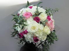 Fleurs naturelles Bouquets, Floral Wreath, Creations, Wreaths, Home Decor, Wedding Bouquet, Flower Crowns, Bouquet, Door Wreaths