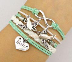 Bridesmaids Gift Ideas: Jewelry, Handbags, Personalized