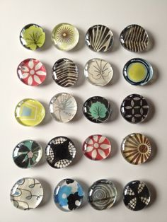 Easy DIY instructions for pretty glass refrigerator magnets