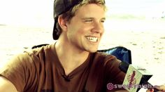 jonny weston Chasing Mavericks:)