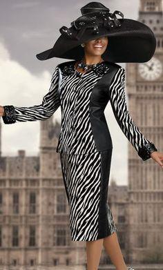 Donna Vinci Couture 5304 Womens Faux Leather Church Suit image