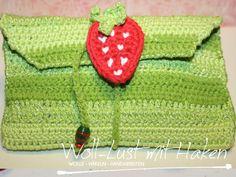 Anleitung: kleines Etui mit Erdbeerverschluss | Woll-Lust mit Haken