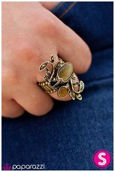 Vining for Attention was a huge hit at Paint the Town PINK this year. This ring features beautiful fall colors and can be paired with dainty brass elements, brown suede and even hippie headbands! Get this signature ring for only $5 on www.paparazziaccessories.com/vegasbling