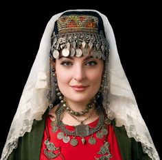 Armenian woman in traditional dress | Photographer unknown
