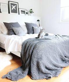 Via @lilalivblog #inspiration #interior #interiordesign #home #homedecor #homedesign #decor #decoration #scandinaviandesign #instahome #bed #bedroom #bedroomdecor
