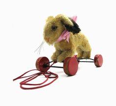 Steiff Hase Hoppy  1314.10 | Nachzieh Hase auf Holzrädern von MemoryCrew68 auf Etsy