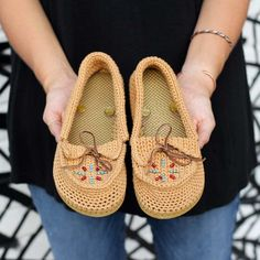 Crochet Moccasins with Flip Flop Soles Crochet pattern by Jess Coppom | Make and Do Crew