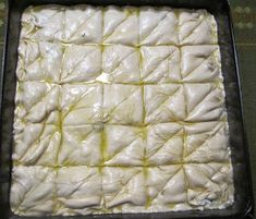 Spanakopita, Greek Recipes, Tart, Desserts, Buns, Food, Kitchens, Tailgate Desserts, Deserts