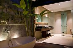 Indoor/Outdoor Bathrooms.. Chandra Bali Villas.. I want that Bath