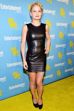 um black leaather with a little tightness but still will look good on any body or so i think so... Jennifer Morrison, Grey Fashion, Leather Fashion, Steampunk Fashion, Gothic Fashion, Leather Dresses, Leather Skirt, Fall Outfits, Fashion Outfits
