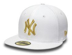 New York Yankees Metallic Gold 59Fifty Fitted Baseball Cap by NEW ERA x MLB