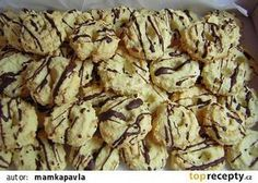 Jemné kokosové cukroví recept - TopRecepty.cz Apple Pie, Cereal, Stuffed Mushrooms, Chicken, Meat, Vegetables, Breakfast, Desserts, Food