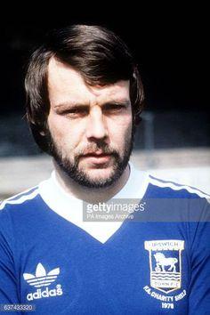 Retro Football, Vintage Football, Football Shirts, Bobby Robson, Ipswich Town Fc, Famous Sports, Blue Army, Sports Stars, Kicks