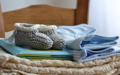 Con un filo: lavoro a maglia  Scarpine
