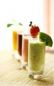 Bent U op zoek naar gezonde drankjes? Sapjes en groene smoothies zijn helemaal hot. Het 50 groene smoothies boek van Marjolijn Verkaik is het enige smoothie receptenboek in Nederland.