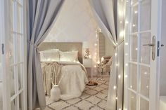 EN MINÄ AINAKAAN KOSKAAN… // Pellavaa ja pastellia Home Design, Sweet Home, Moroccan Decor, Home Interior, Dream Bedroom, Scandinavian Style, Small Spaces, Toddler Bed, New Homes
