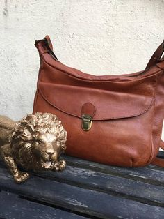 Saychel/boho/leather/shoulder/bag/purse Unique Vintage, Vintage Ladies, Leather Shoulder Bag, Leather Bag, Vintage Shops, Vintage Items, Cobbler, Vintage Leather, Purses And Bags