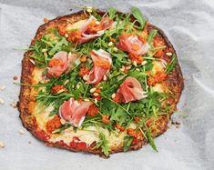 Perfekt, til hvis du er på keto og lchf men har lyst til pizza. Cheese Recipes, Low Carb Recipes, Lchf, Keto, Squash Pizza, Pizza Style, Eggplant Lasagna, Gratin Dish, Eggplant Recipes