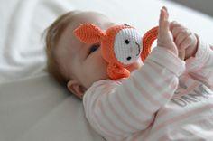 Rammelaar SNUFFIE - Muffie & Snuffie - gehaakt - knuffel - handgemaakt - babyuitzet - veiligheidsoogjes - baby - zwanger - kraamkado