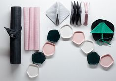 iittala x issey miyake 'a home collection for everyday rituals' tableware collection, brings together acclaimed fashion designer and finnish design brand. Design Shop, Deco Design, Issey Miyake, Japan Design, Mode Pastel, Half Japanese, Japanese Origami, Shops, Creative Thinking