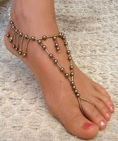 I love this but I knoooow my friends & fam would tease me endlessly for wearing this. Cause sersly it is a little cheesy. Crochet Barefoot Sandals, Beaded Sandals, Beaded Anklets, Beaded Jewelry, Beaded Necklaces, Crystal Jewelry, Ankle Jewelry, Ankle Bracelets, Feet Jewelry