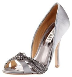 Badgley Mischka Pumps $97