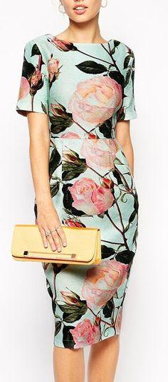 Women's fashion | Roses printed dress