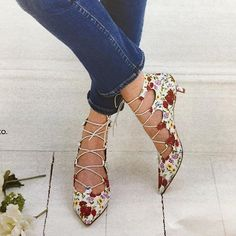 Spotted these gorgeous florals from @ursulamascaro in today's @youmagsocial  perfect for today's sunny spring weather!   #shoesday #sundayfunday #shoestagram #afterheels