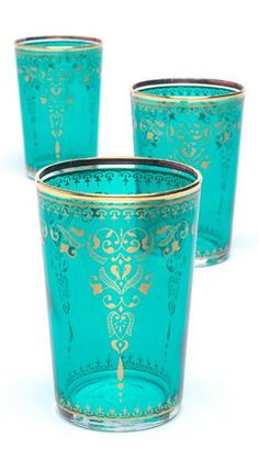 Turquoise Moroccan Tea Glasses aqua teal turquoise♥❤♥have some in jewel tones but you can never have enough - to + colour splashes easily to a table♥❤♥ Pierre Turquoise, Shades Of Turquoise, Turquoise Color, Aqua Blue, Turquoise Glass, Emerald Colour, Color Blue, Tiffany Blue, Tea Glasses