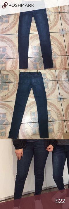 Celebrity Pink Dark Wash Skinny Jeans Very stretchy and comfortable! Good condition. Celebrity Pink Jeans Skinny