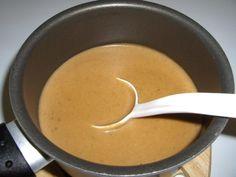 Kotikokista löydät ohjeet siihen, miten kermainen ruskeakastike valmistetaan. Reseptiä katsottu 374803 kertaa. Katso tämä ja sadat muut reseptit sivuiltamme!