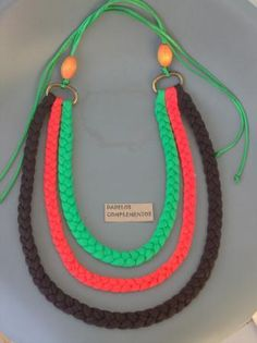 collar mandarina collar mandarina trapillo 100% algodón,anillas,cuentas varias anudado y montaje