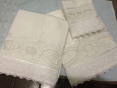 Conjunto de toalha em rechilieu