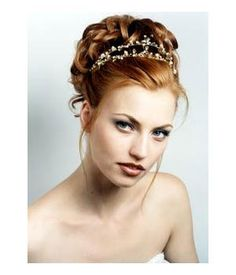 http://misse.hubpages.com/hub/How-to-Style-Easy-Updos-for-Every-Hair-Type