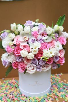 Happy Flowers, Fresh Flowers, Flower Boxes, My Flower, Colorful Roses, Tulips, Happy Birthday Greetings, Orchids, Exotic