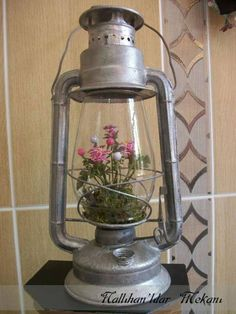Balkon – Home Decoration Metal Art Projects, Diy Craft Projects, Diy And Crafts, Thali Decoration Ideas, Diwali Decorations, Old Lanterns, Lanterns Decor, Christmas Topiary, Shabby Chic Crafts