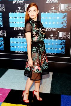 Actress Holland Roden attends the 2015 MTV Video Music Awards at Microsoft Theater on August 30, 2015 in Los Angeles, California.