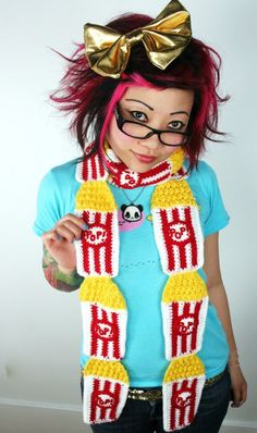 Popcorn scarf! I *long* for a Twinkie Chan creations of my very own ~_^ lol