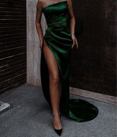 Pretty Prom Dresses, Ball Dresses, Elegant Dresses, Cute Dresses, Beautiful Dresses, Evening Dresses, Formal Dresses, Straps Prom Dresses, Prom Outfits