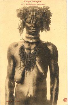 Anciana paduina. Las postales de Jean Audema. Es un fotógrafo, Jean François Audema (1864-1921), quien se unió al servicio colonial francés en 1894, hizo numerosas fotos en Gabón, Congo y Chad entre 1894 y 1912.