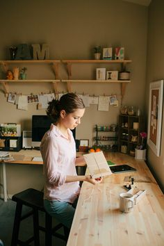 anastasia marie // creative workspace