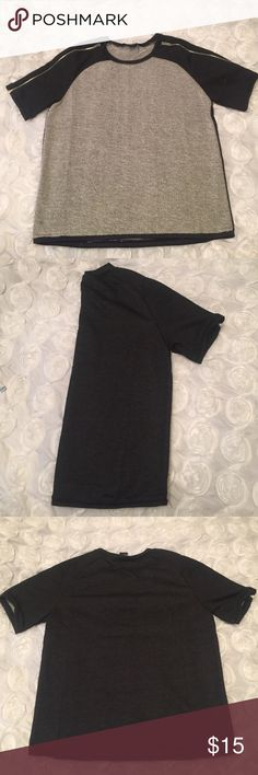 NWOT. Stylish Top NWOT top. 62% cotton, 38% polyester Carribbean Queen Tops Tees - Short Sleeve